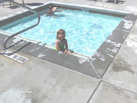 diana-swimming-71407.jpg